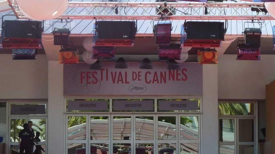 Какие стильные: Кейт Бланшетт иКристен Стюарт напресс-конференции Каннского кинофестиваля