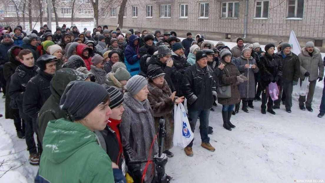 Граждане России выступили против «мусорной реформы»