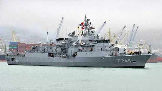 Корабль ВМС Турции