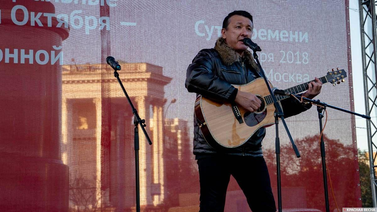 Ильяс Аутов. Митинг Сути времени 5 ноября 2018 года в Москве