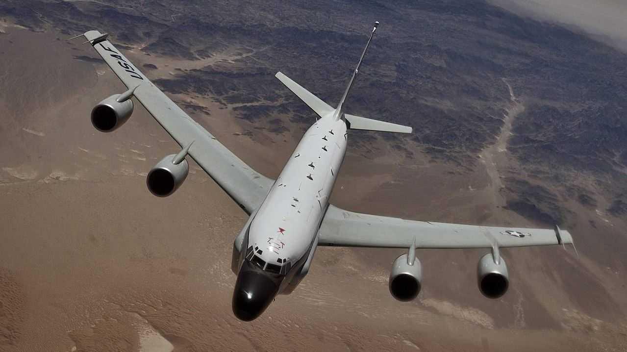 Разведовательный самолет Boeing RC-135W