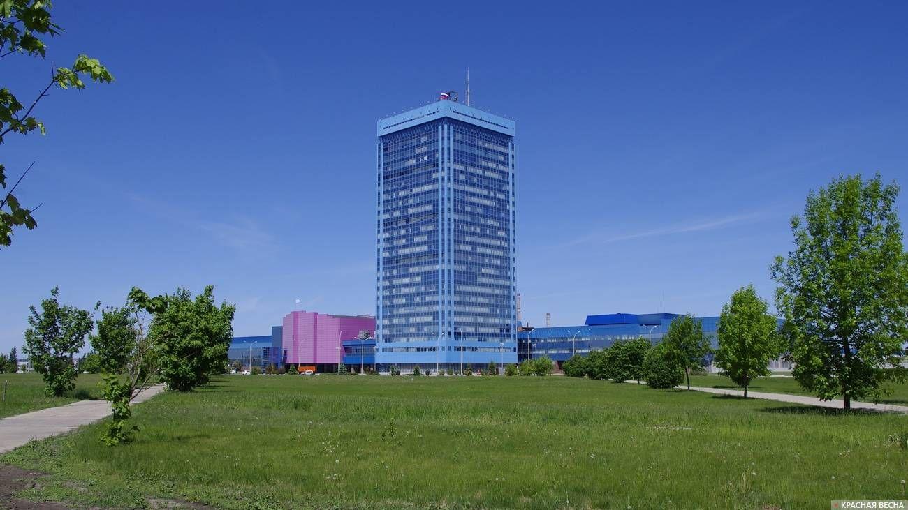 Заводоуправление АвтоВАЗа. Тольятти