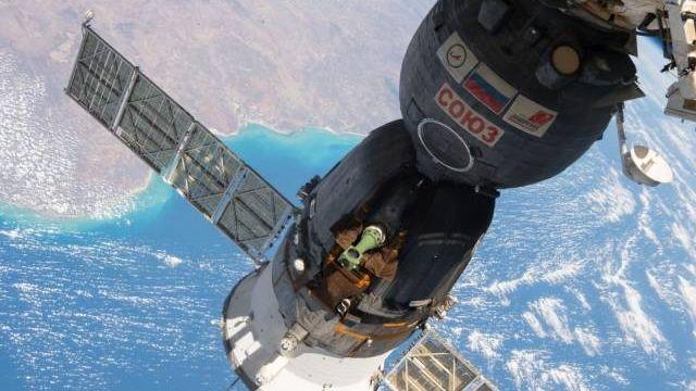 Корабль «Союз» на орбите