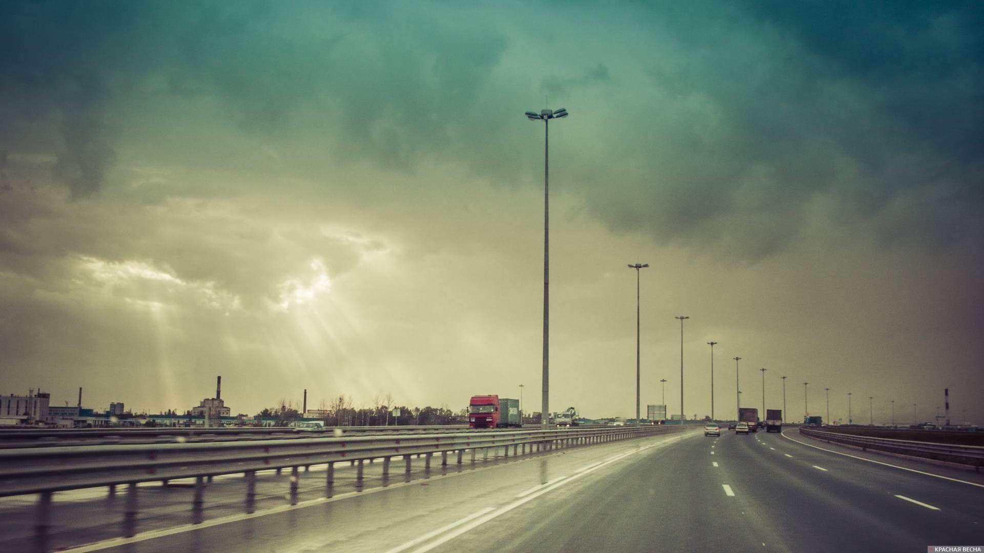 Практически 80 процентов автоподхода кмосту через Керченский пролив готово