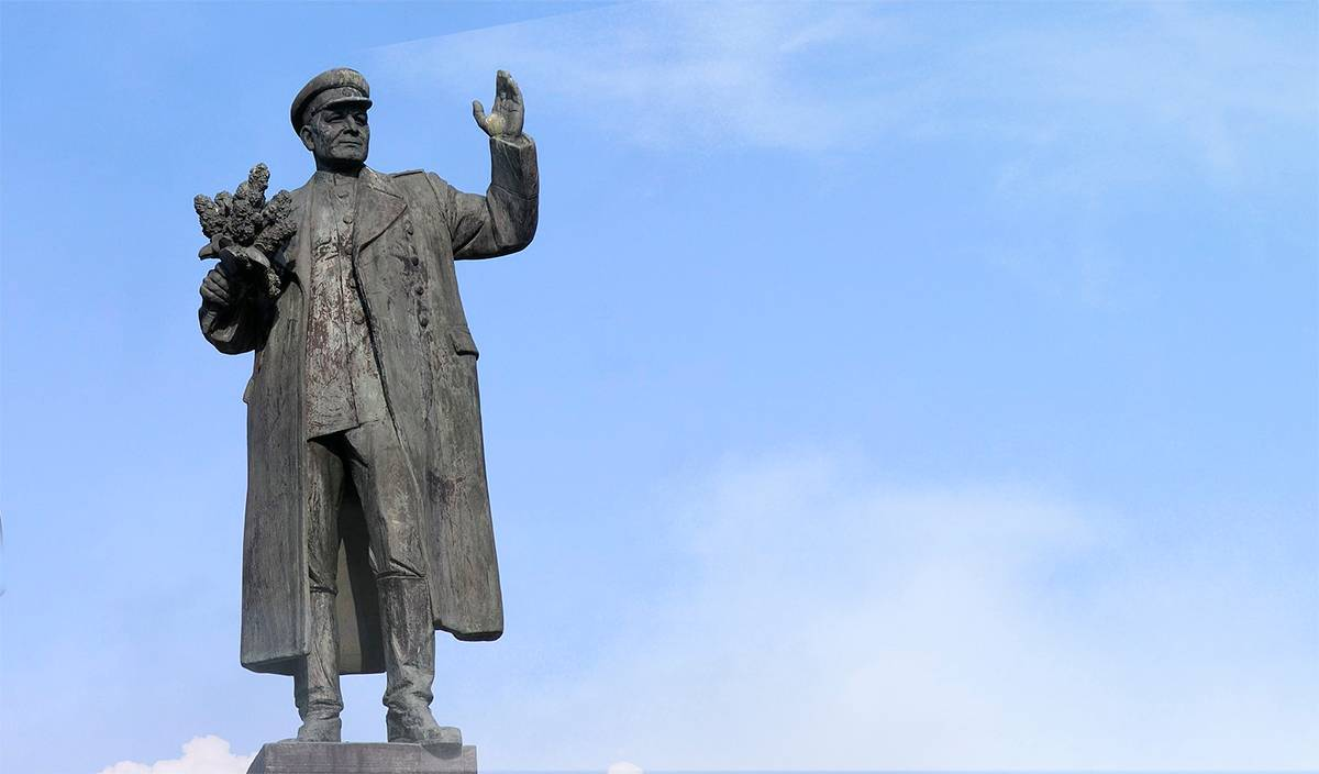 Памятник маршалу Коневу. Прага