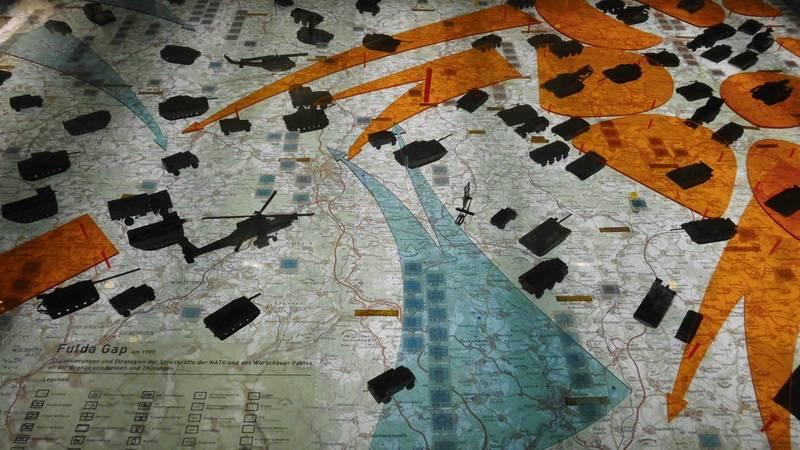 Опасные игры НАТО. Холодная война