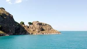 Озеро Ван, вид с острова Ахтамар.