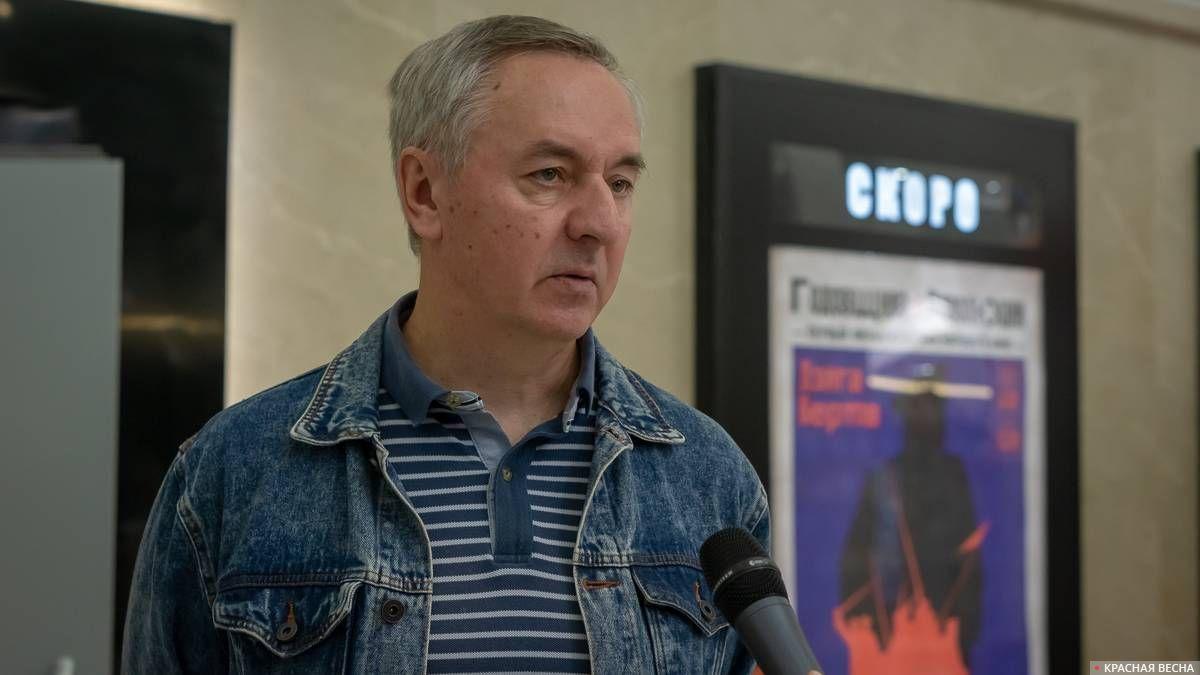 Николай Изволов, автор восстановленной версии «Годовщины революции»