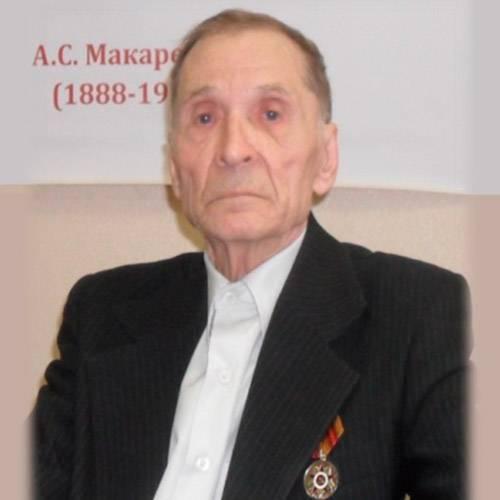 Анатолий Аркадьевич Фролов