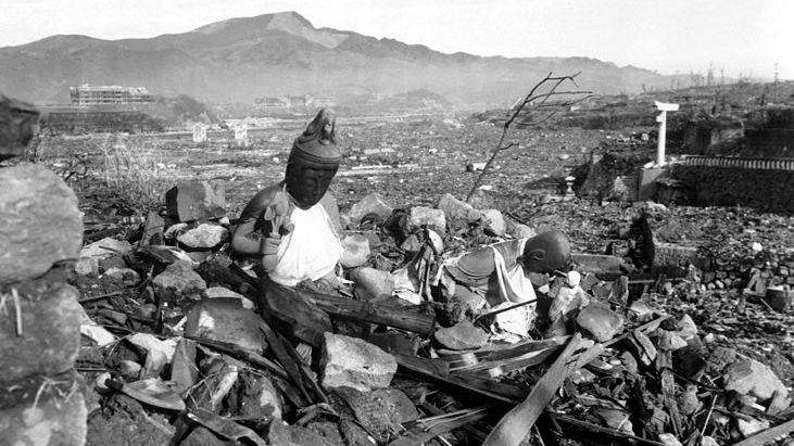 Фото разрушенного храма в Нагасаки, сделанная через 6 недель после бомбардировки. Нагасаки, Япония, 24 сентября 1945 года