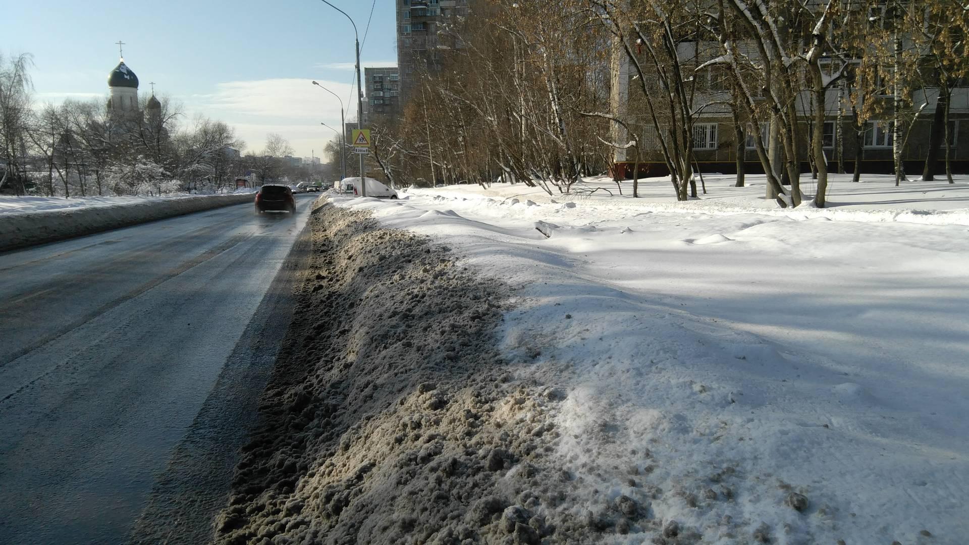 Москва, проезд Шокальского, перехватывающая парковка недалеко от м. Медведково