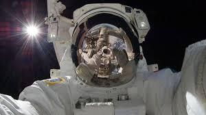 астронавт, открытый космос, мкс