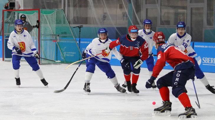 Хоккей с мячом. Норвегия-Финляндия