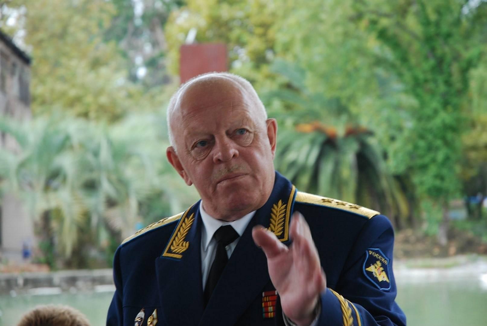 Генерал-полковник Александр Чиндаров (Фото — kitap.tatar.ru)