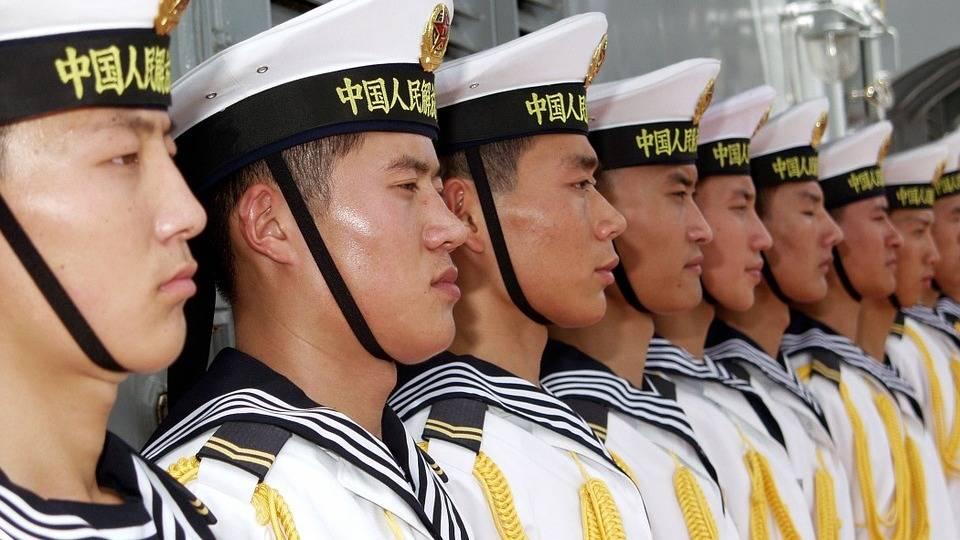 Матросы морского флота Китая.
