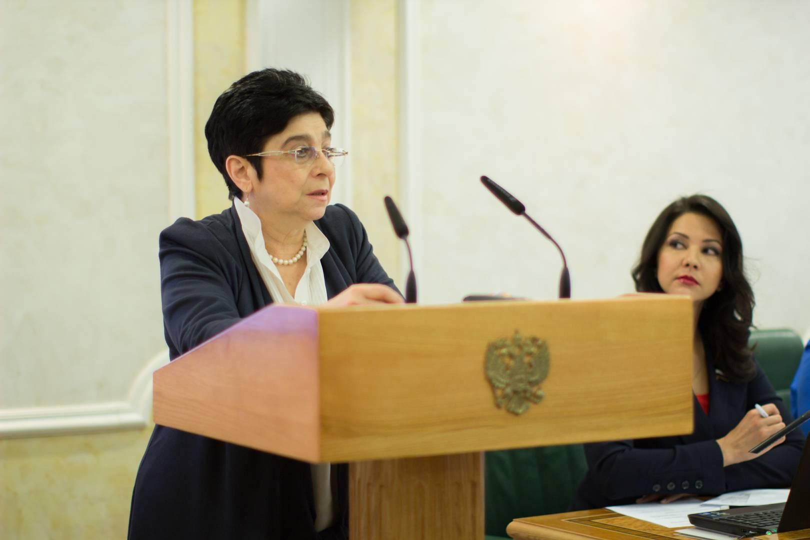 Мария Мамиконян (Парламентские слушания в СФ РФ)
