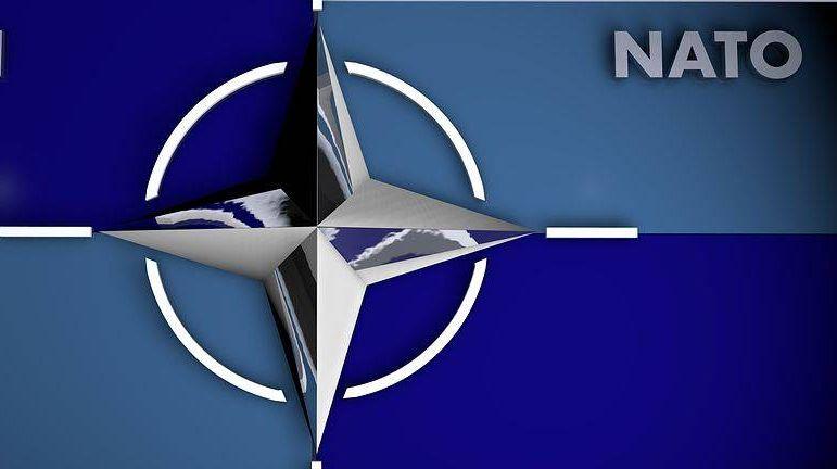логотип НАТО