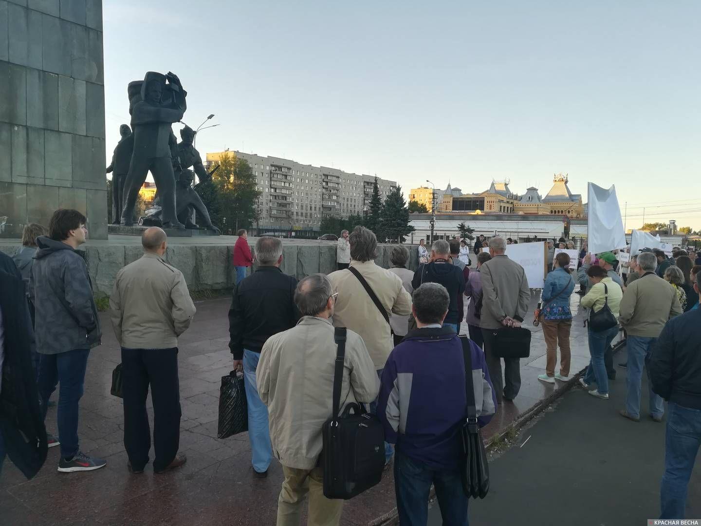 На митинге ИПФ РАН