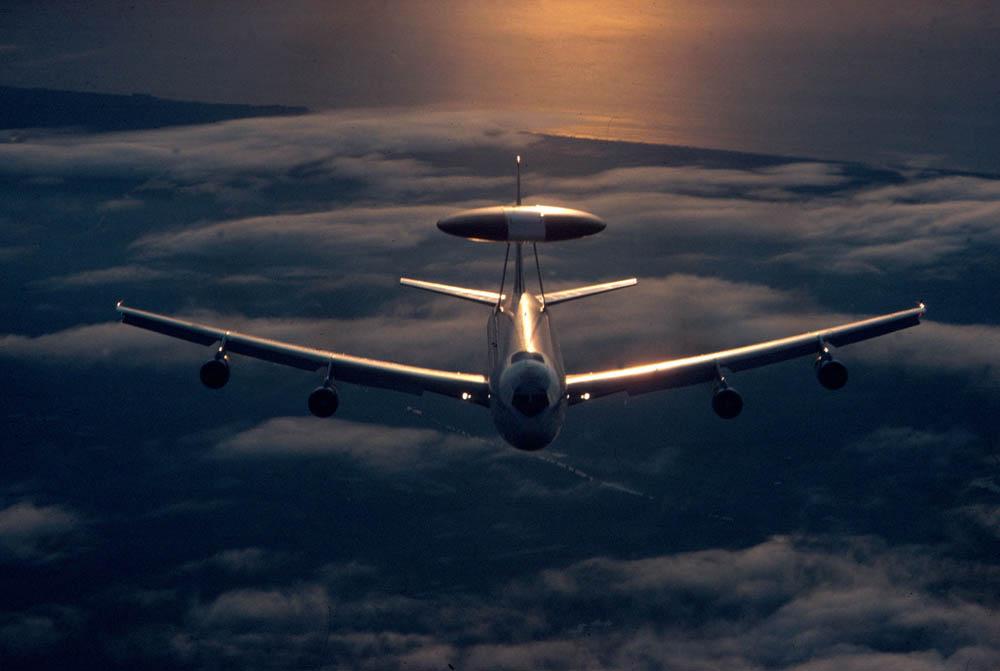 Разведывательный самолет НАТО [ann.az]