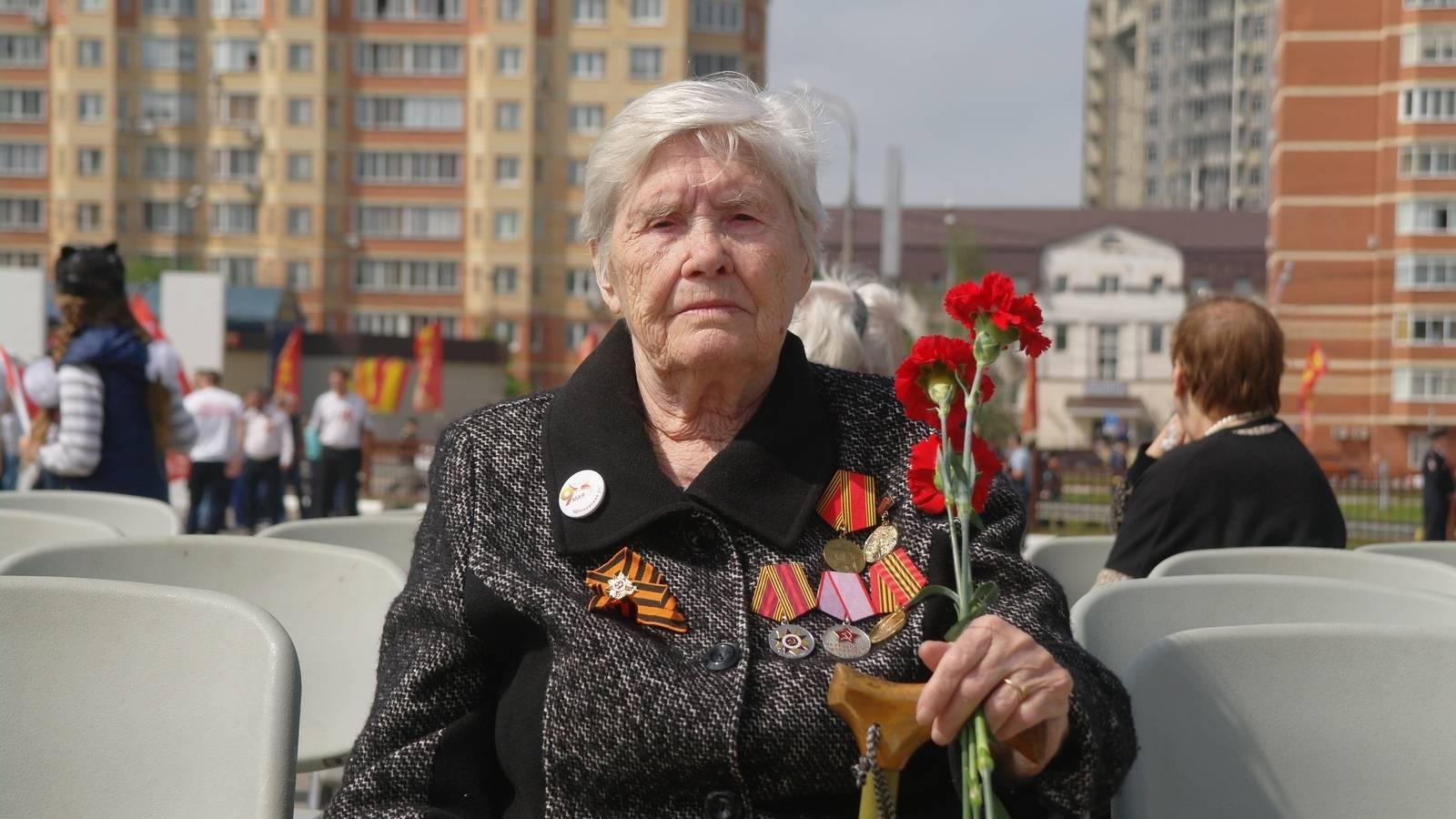 Ветеран труда Сафонова Зоя Сергеевна. Москва (Владимир Васильев © ИА Красная Весна)