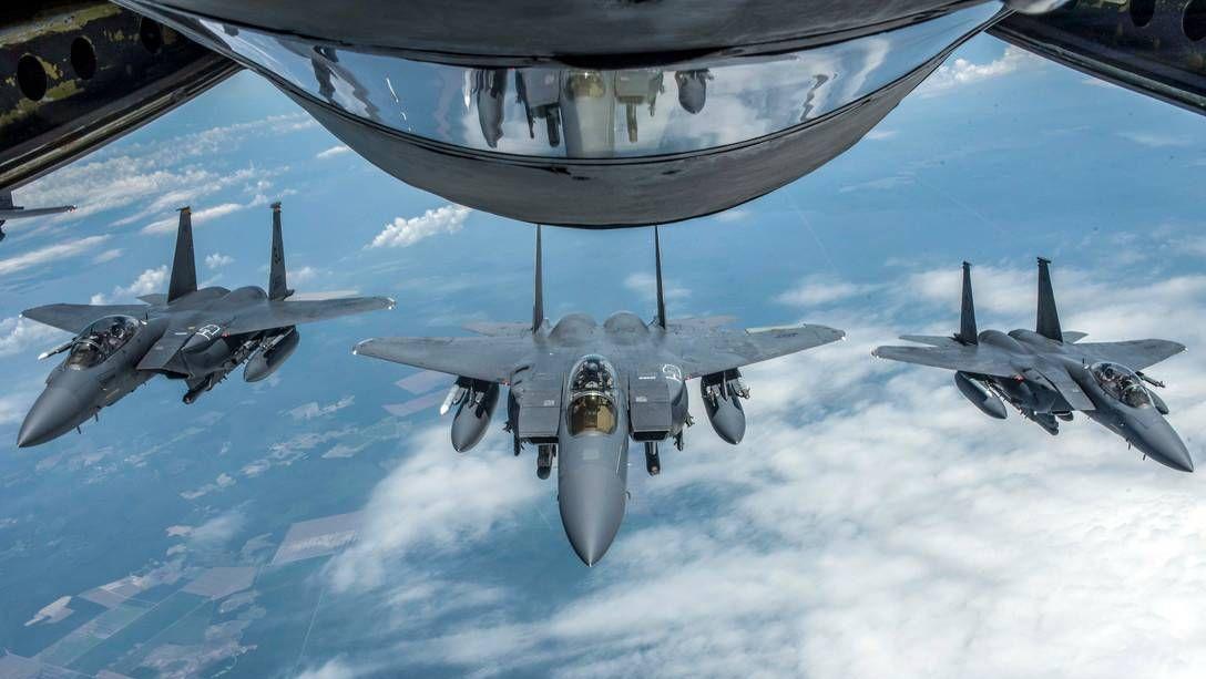 Истребители F-15