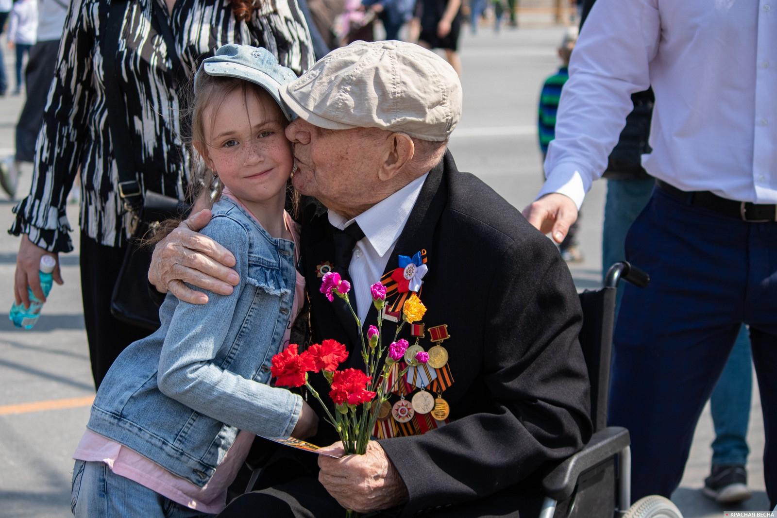На параде Победы в Омске, 9 мая 2021