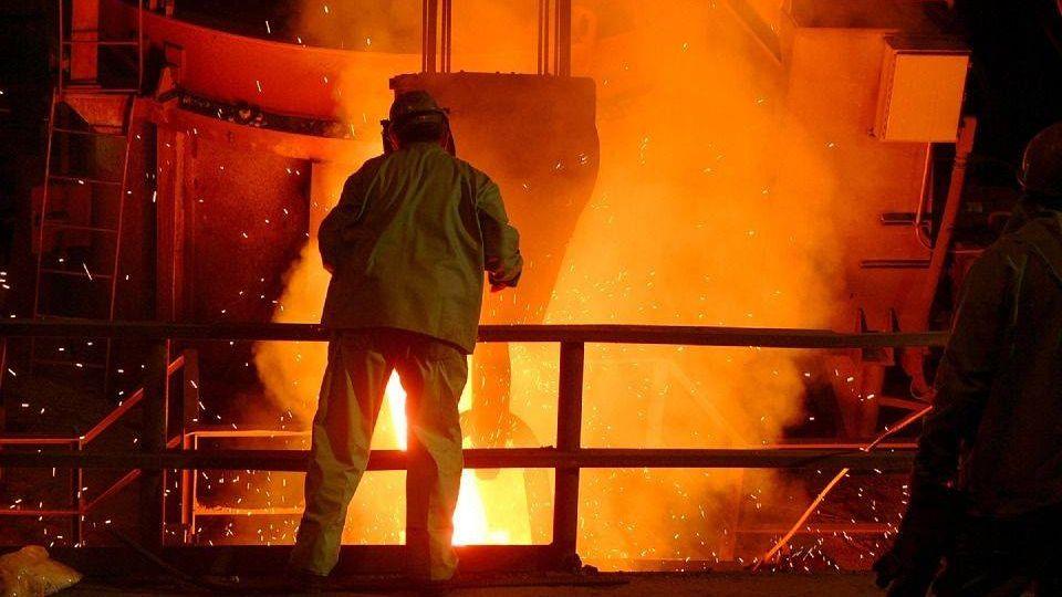 Сталелитейный завод. Рабочий