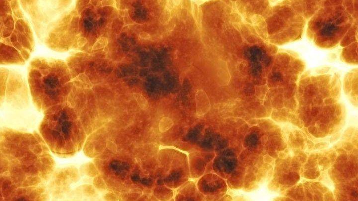 Мощнейший  взрыв произошел вцентре Парижа