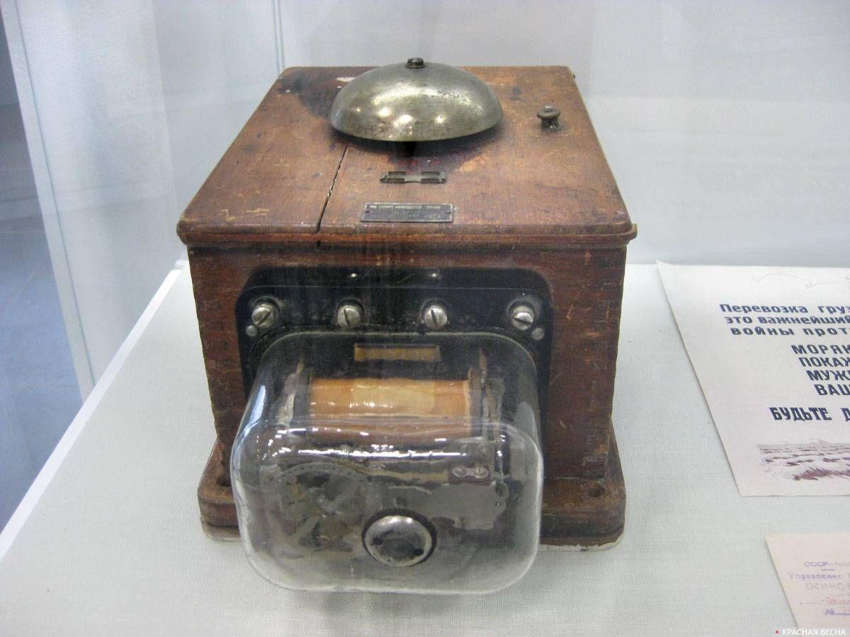 Селекторное устройство для связи дежурного оператора с диспетчером пирсов Осиновецкого порта