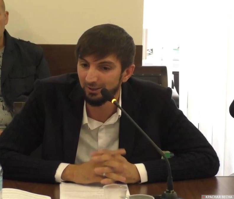 Байсаров Мурад Ахиядович, помощник председателя общественной палаты Чеченской республики