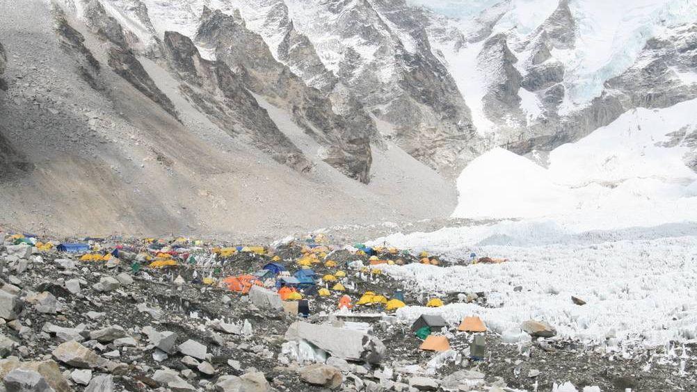 Базовый лагерь в Гималаях