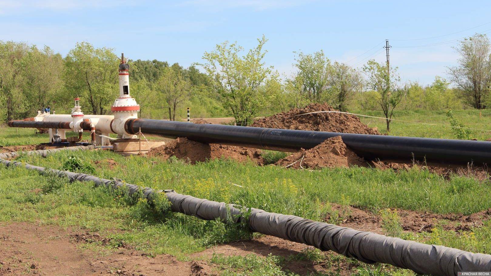 Нефтепровод. Трубы.