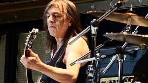 Скончался  основатель легендарной группы AC/DC