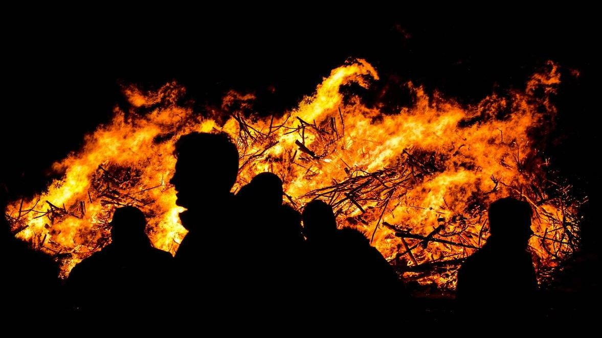 Врезультате сильного возгорания насеверо-востоке столицы погибли два человека