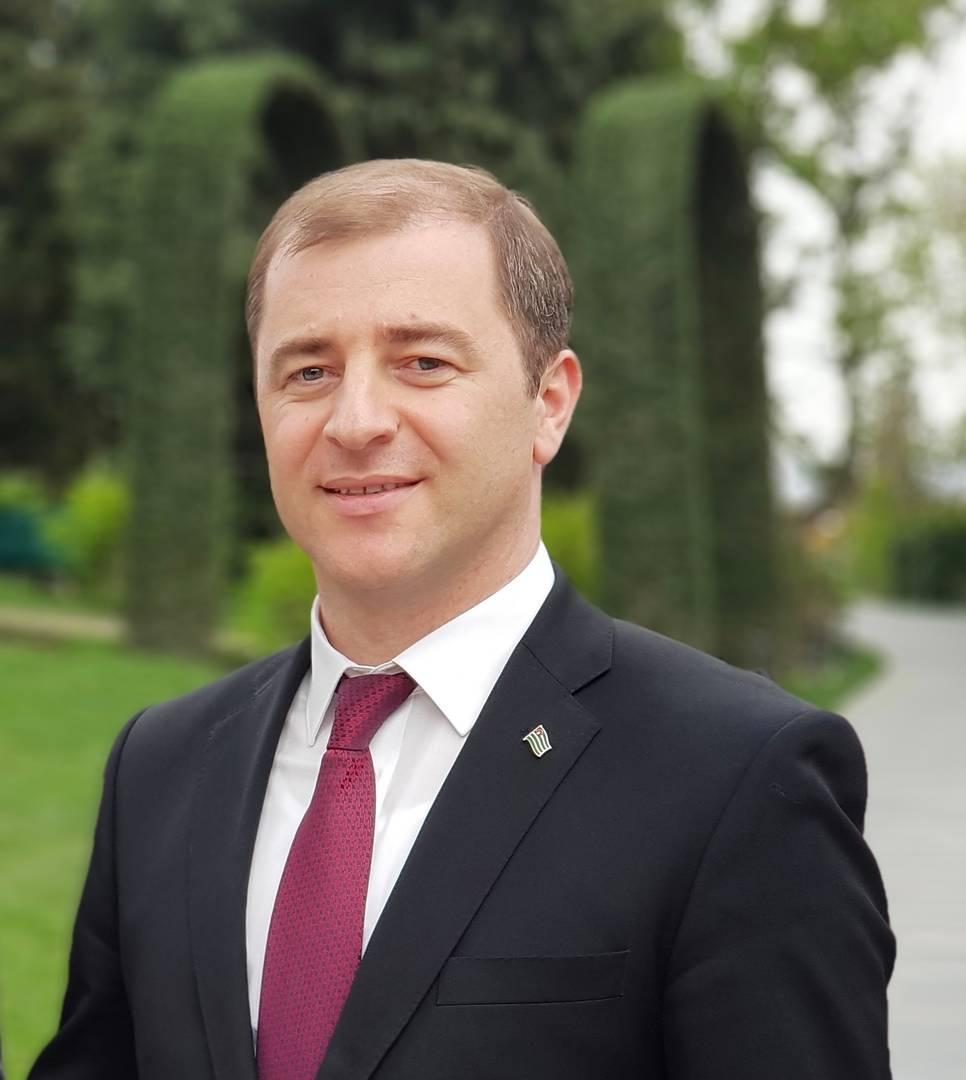Министр экономики Республики Абхазия Адгур Ардзинба