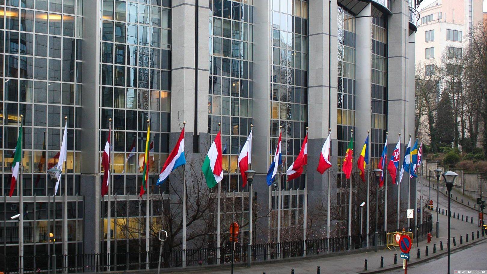 КомитетЕП одобрил запуск санкционной процедуры вотношении Польши