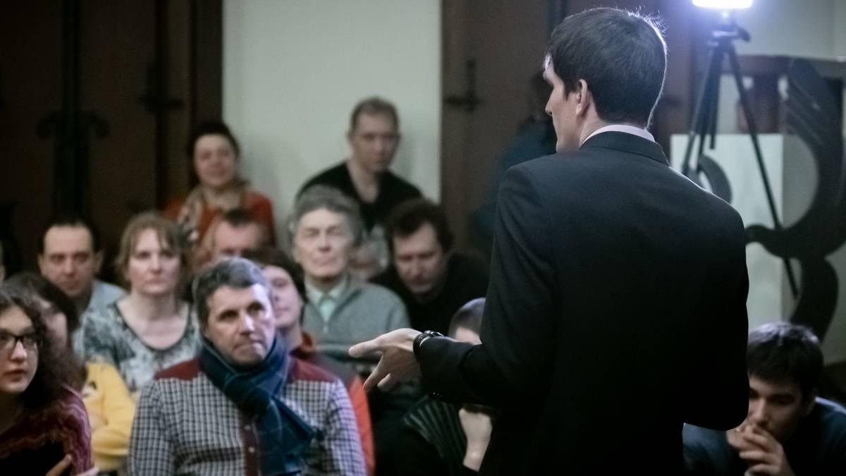 Как боролись у них? В Москве обсудили мировой опыт отмены пенсионных реформ