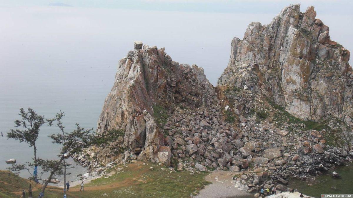 Байкал. Камнепад