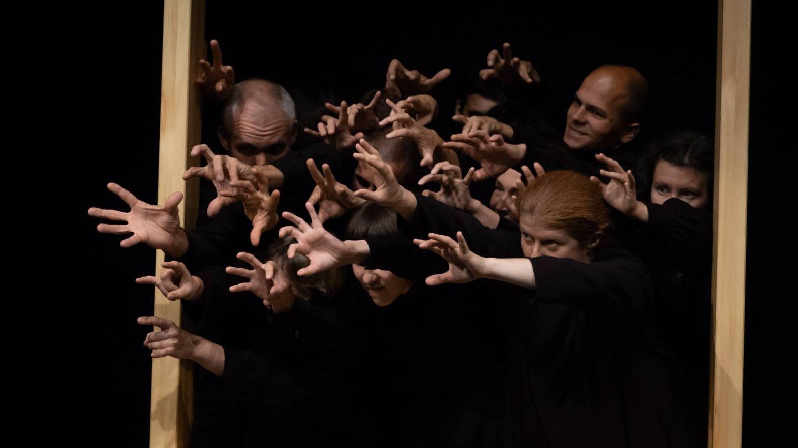 Сцена из спектакля «Пастырь»