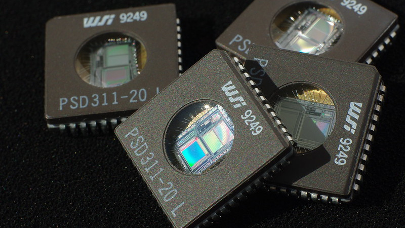 Образец высокоскоростной SRAM памяти