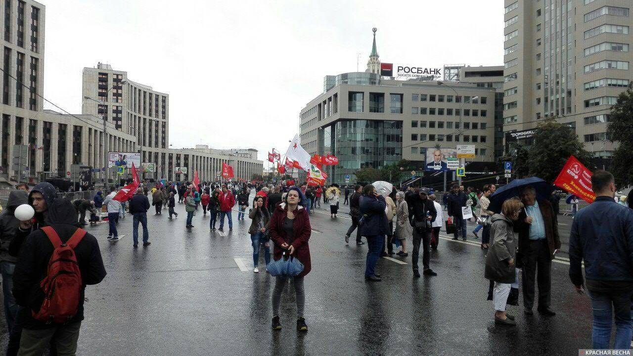 На периферии митинга