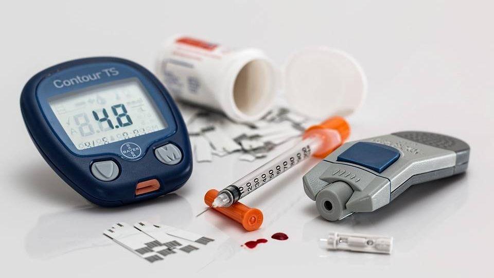 изделия для введения инсулина