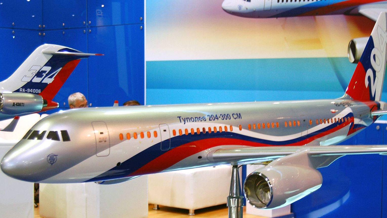 Макет самолёта Ту-204СМ