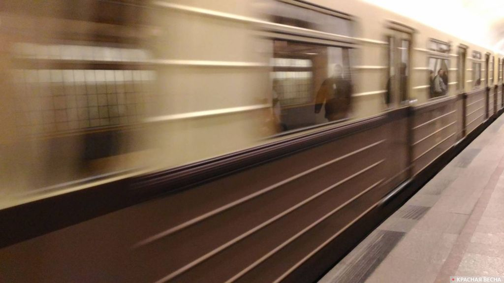 Поезд метро. Москва