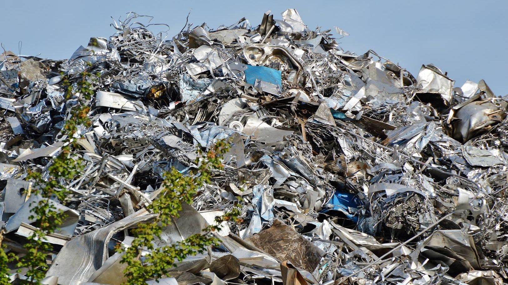 Наподмосковном мусорном полигоне «Ядрово» введен режимЧС
