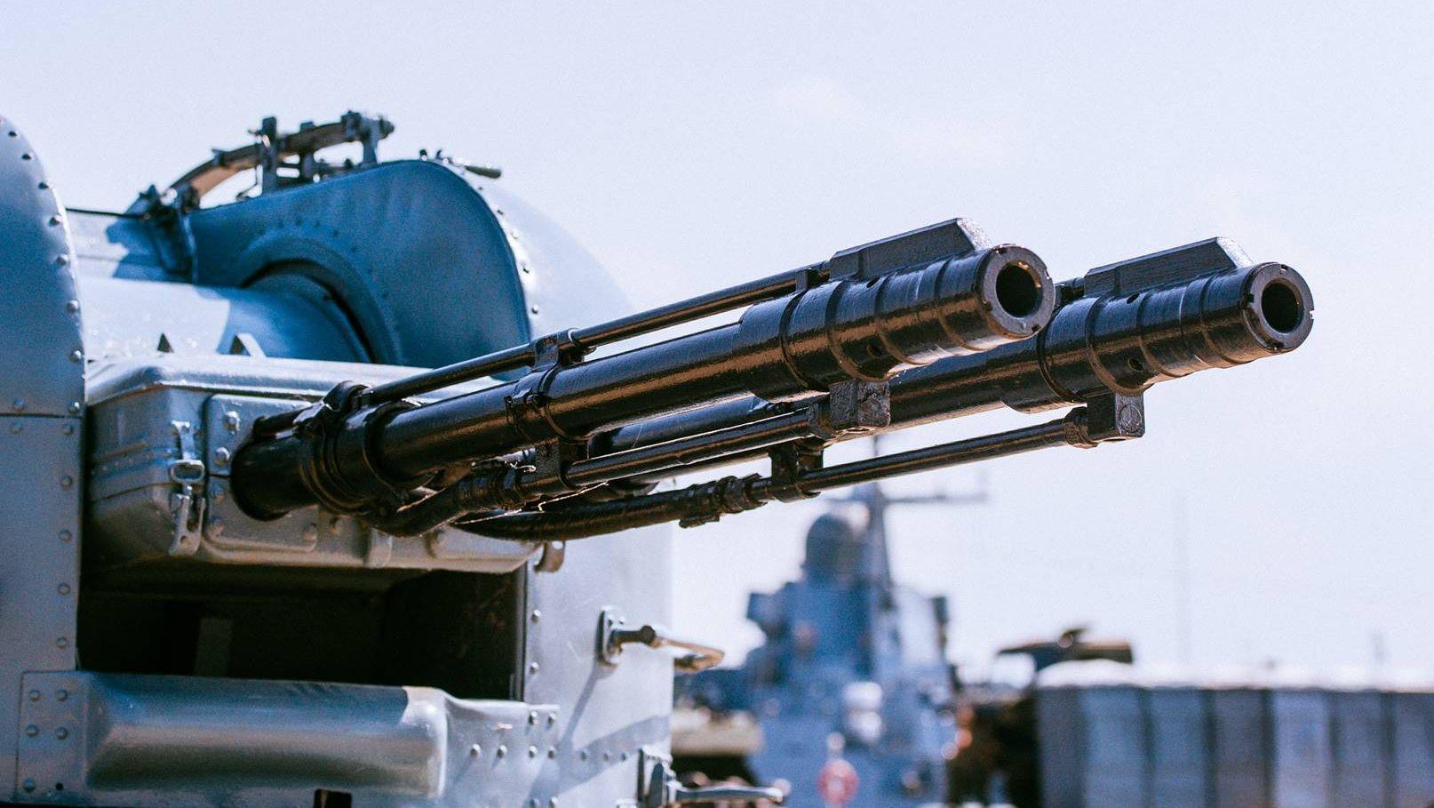 Корабельная артустановка АК-230