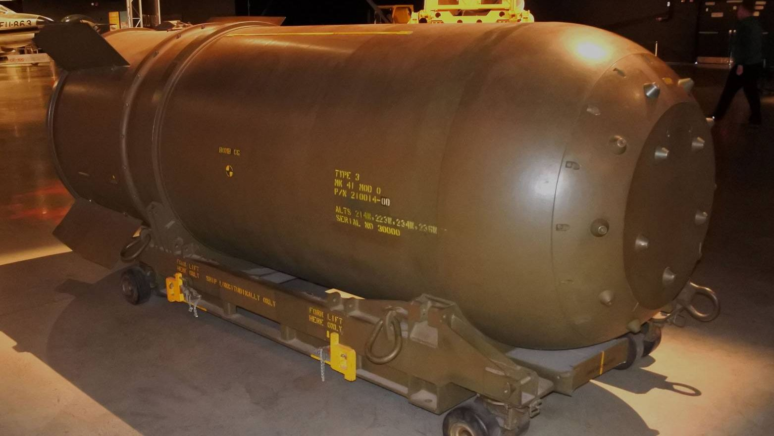 FileMark 41 thermonuclear bomb casing.jpg