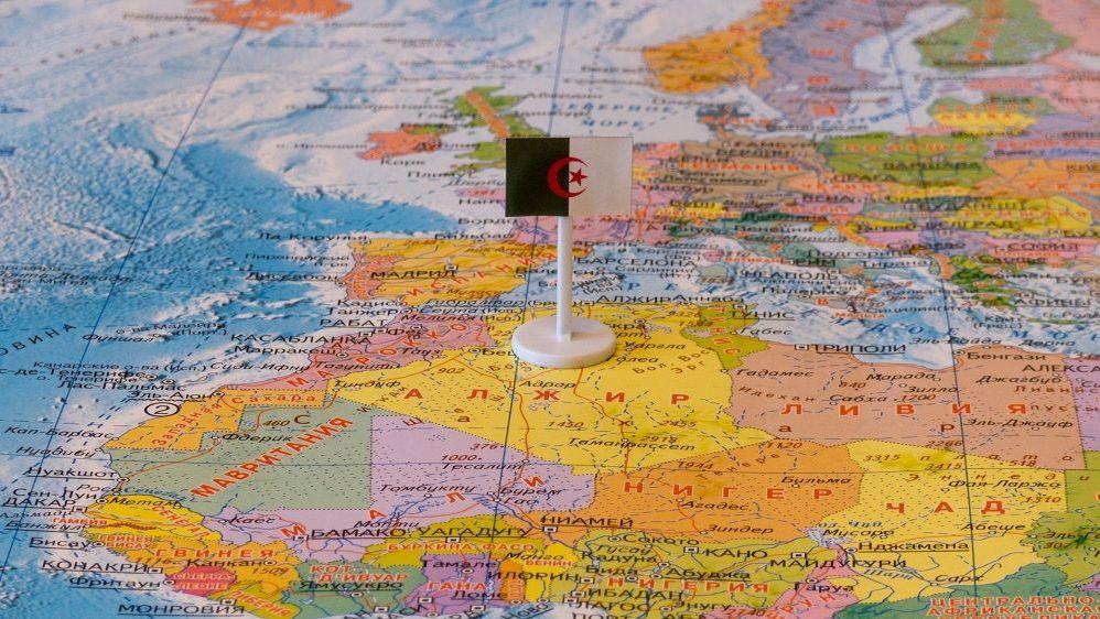 Алжир и Испания на карте мира
