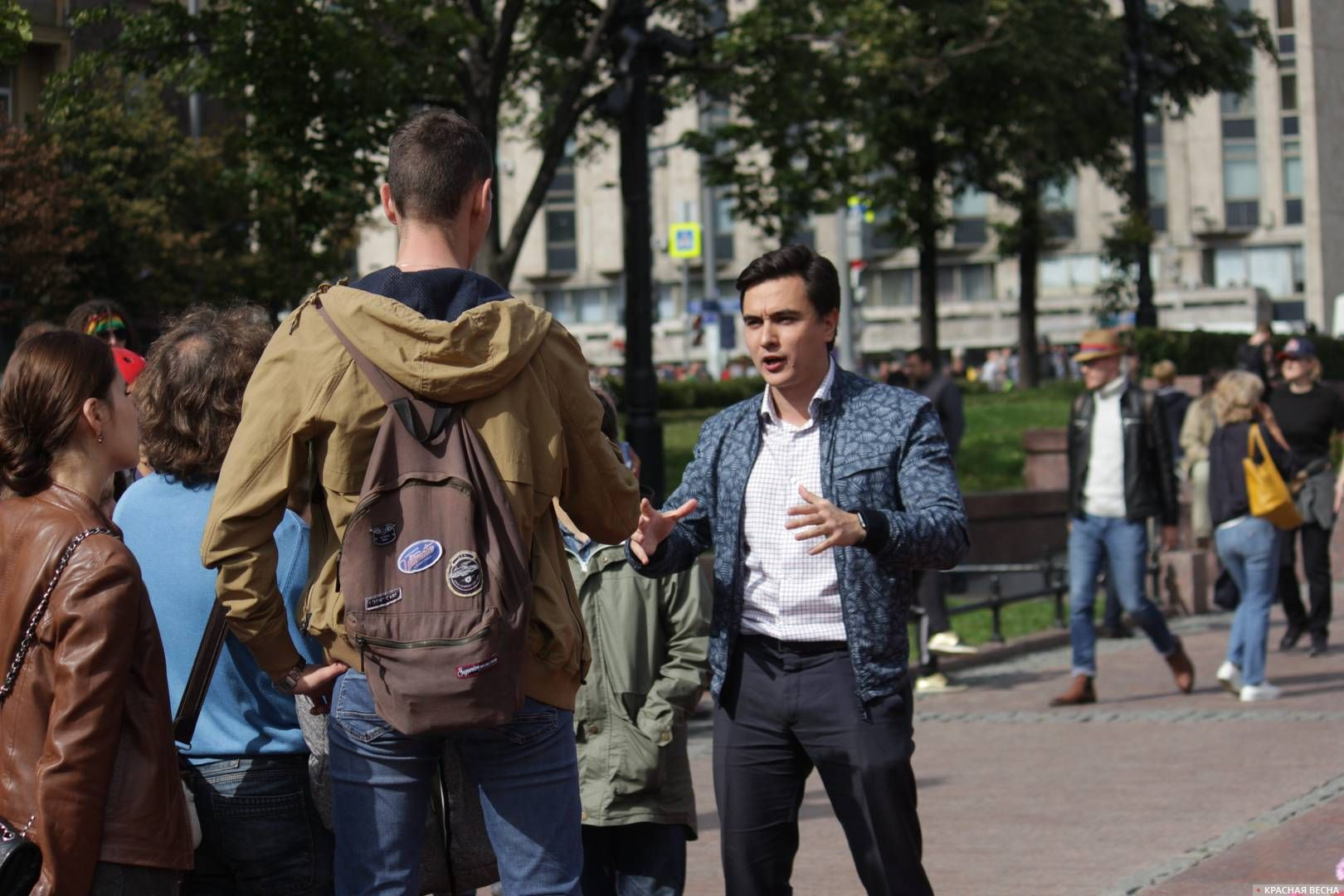 Финансовый аналитик Владислав Жуковский