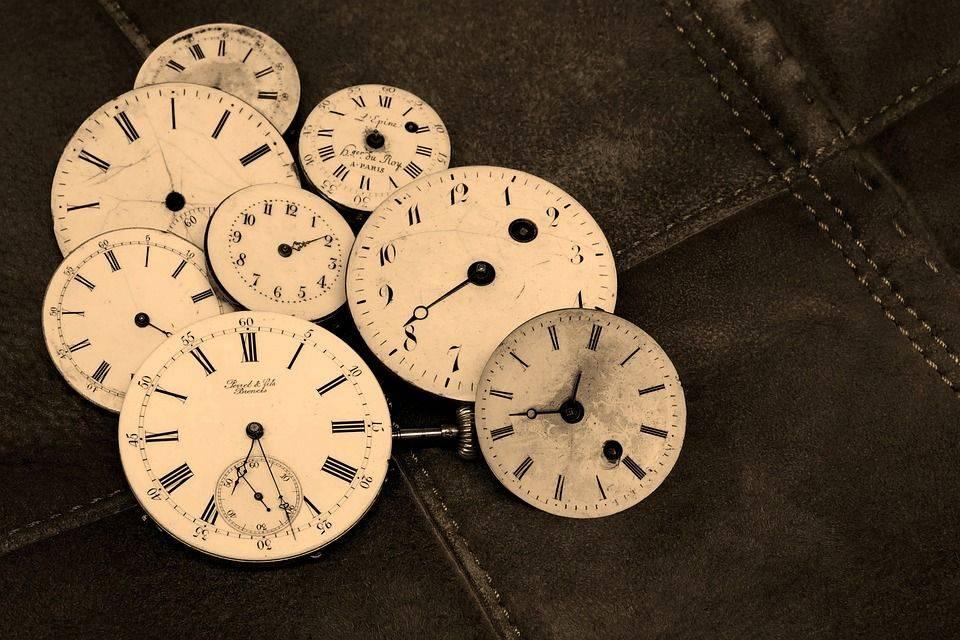 Часы, антиквариат